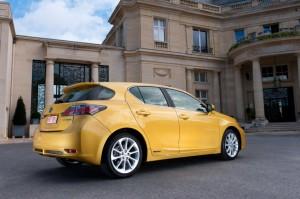 2012-Lexus-CT200h-3v2
