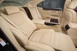 2013_Lexus_LS_460_L_interior_002_50488A9DC1DC00AD7CE474B0BA57A343D1257BED_45591_2524_low